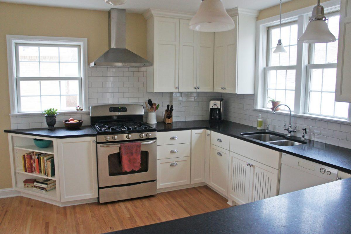 Two-Cook Cottage Kitchen Slider 2