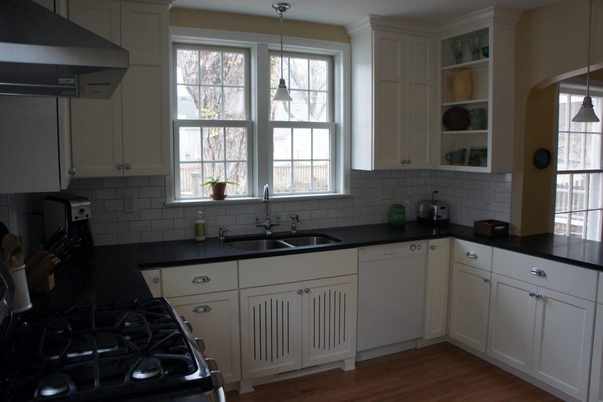 Two-Cook Cottage Kitchen Slider 5