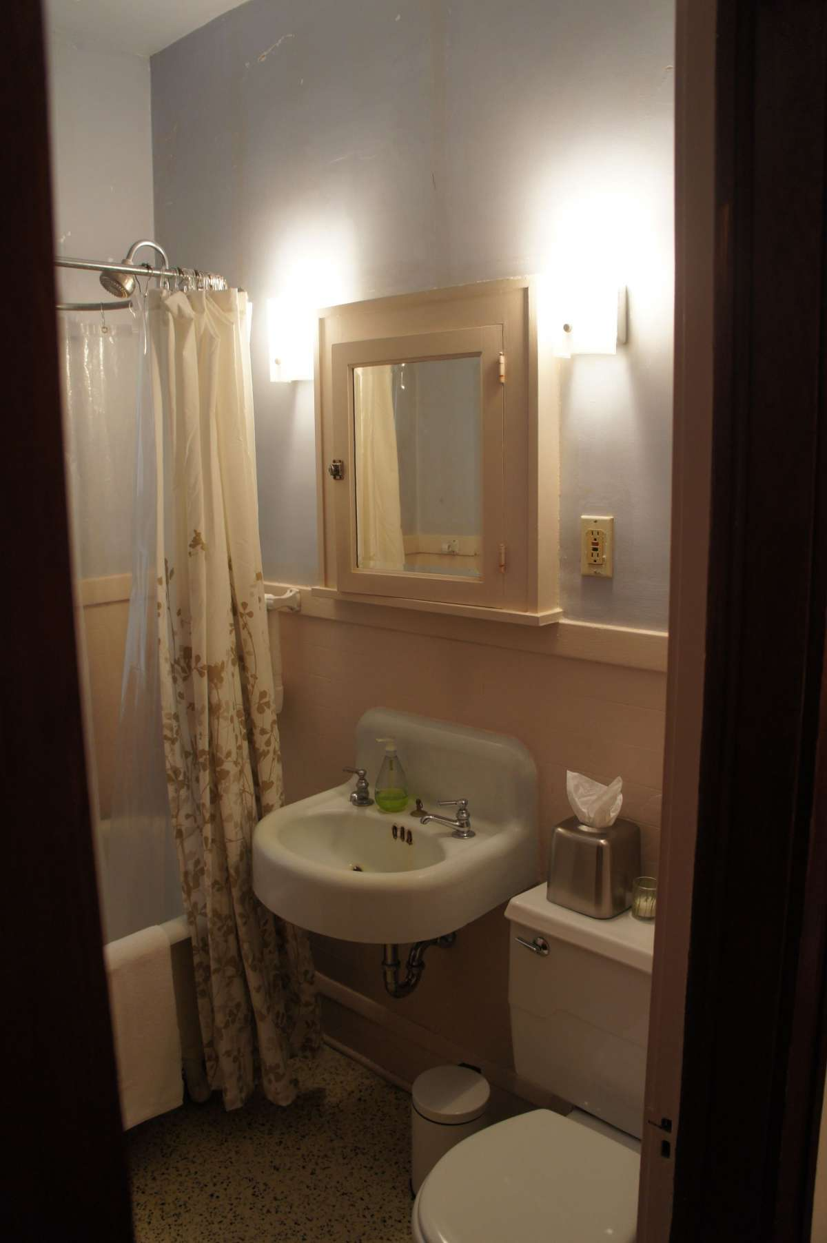 Bungalow Bath Refresh Bluestem Construction