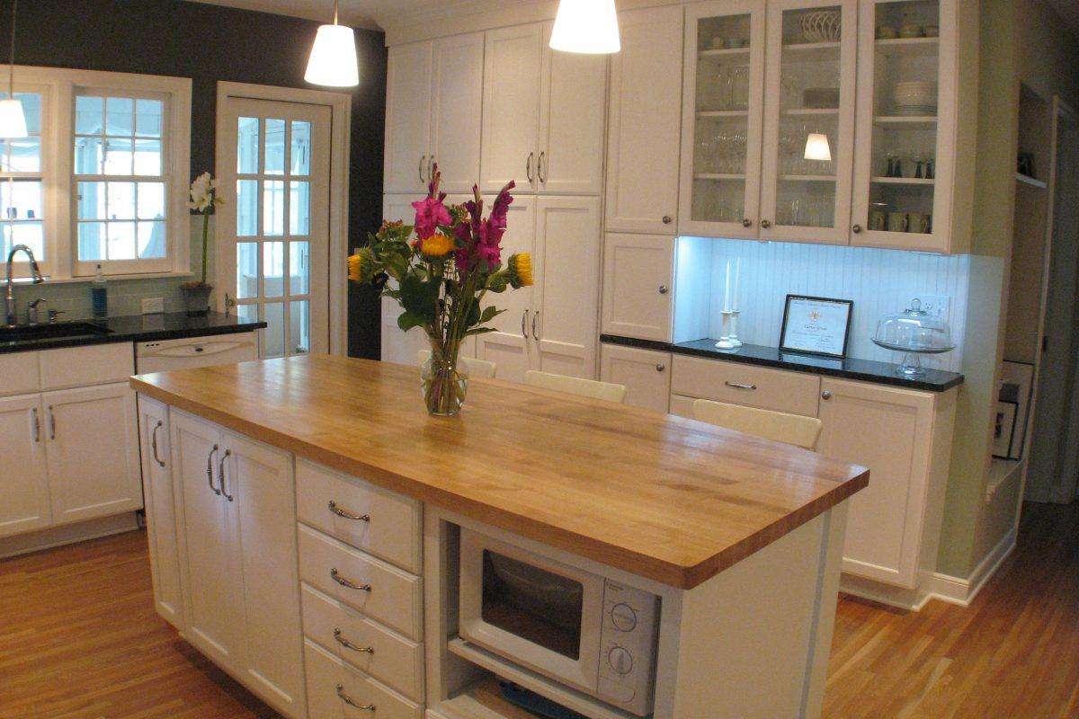Swedish Inspired Cottage kitchen