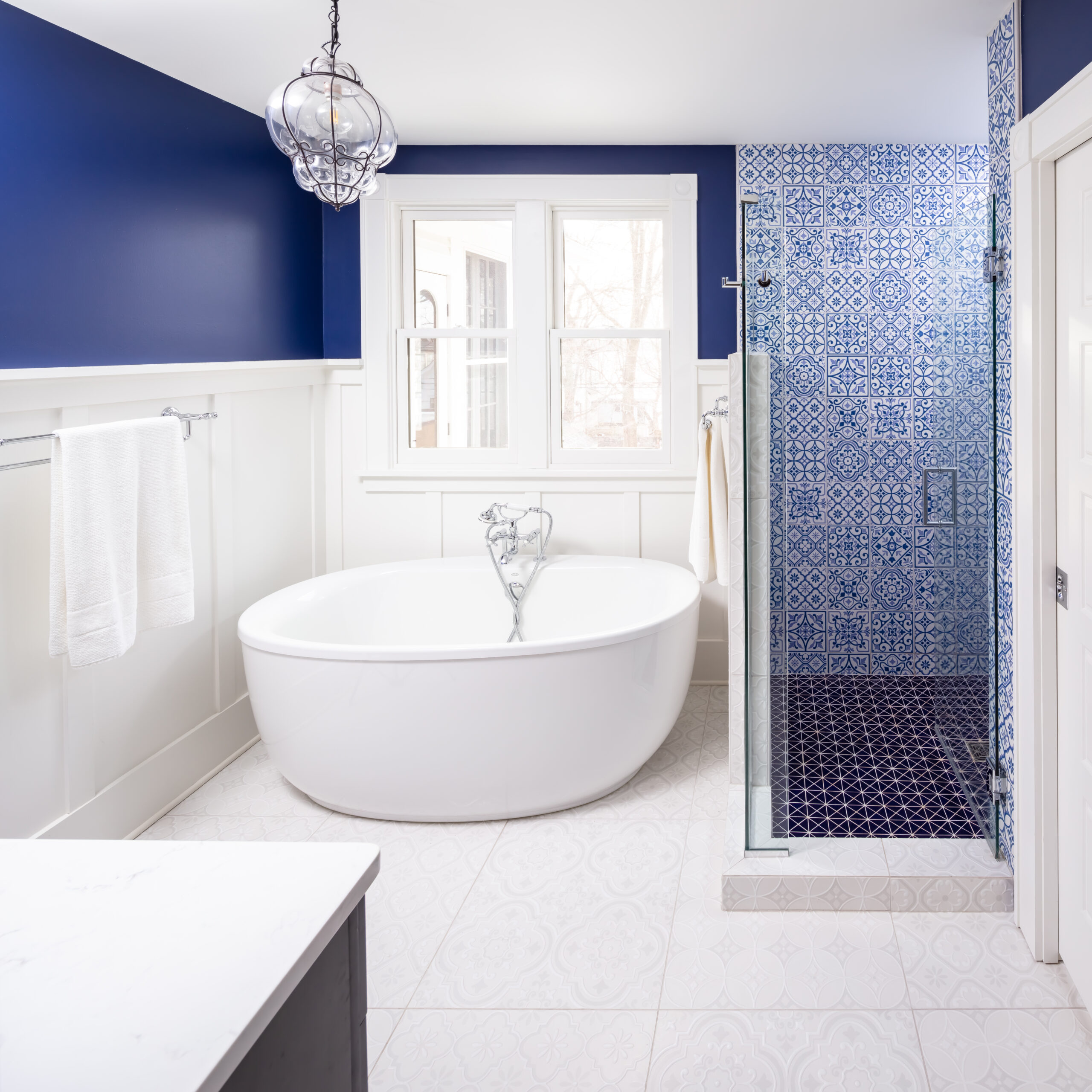 Designer Tips for A Luxurious Bathroom Renovation
